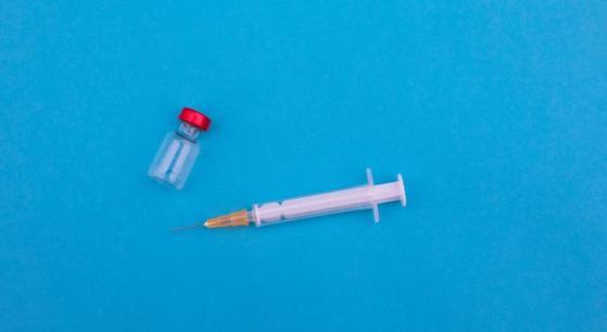 Vaccino Moderna, arriva il sì del comitato consultivo dell'FDA