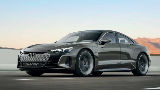 Audi sfida Tesla con la sportiva elettrica e-tron GT