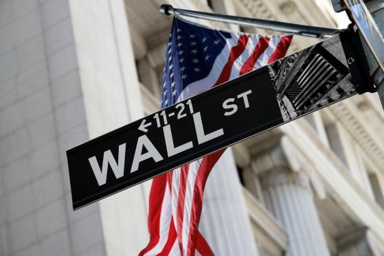 I dati sul lavoro non convincono Wall Street: apertura piatta per i listini americani